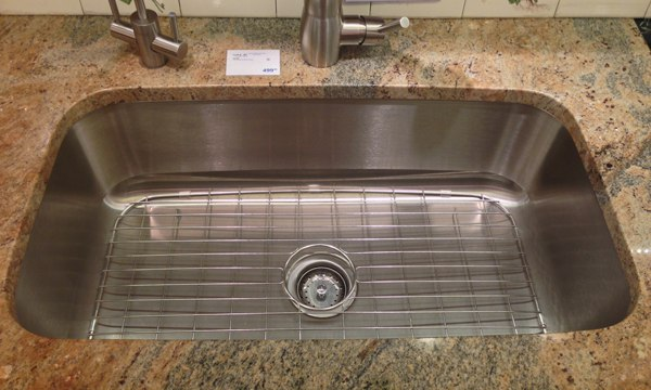 How to Buy a Kitchen Sink: Choosing Farm House, Stainless ...