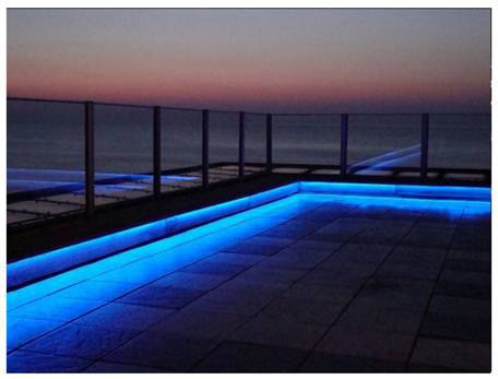 led-outdoor-lighting-tape-pool