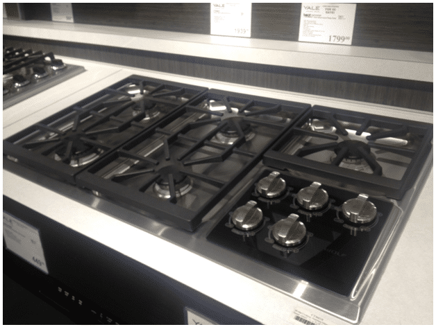 Kitchen Stove Top thermador vs. wolf gas cooktops (reviews / ratings)