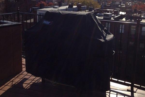 weber-grill-balcony-boston