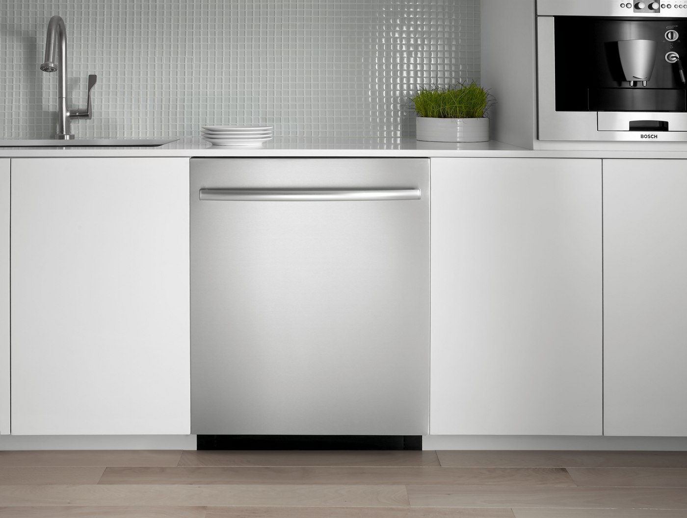 American Style vs. European Style Dishwashers (Reviews / Ratings)