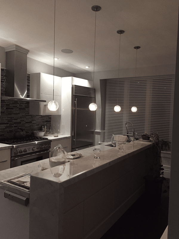 steve-kitchen-pendants-installed