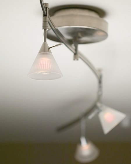 tiella stainless track lighting kit
