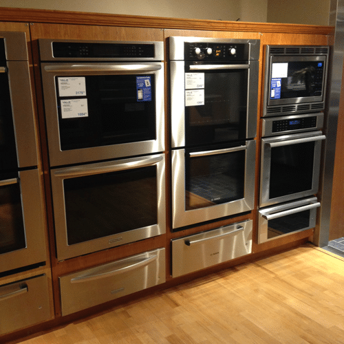 yale appliance wall oven warming drawer display