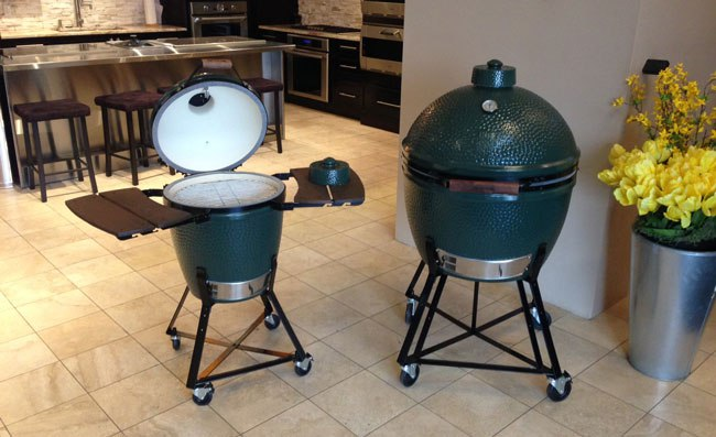 big-green-egg-at-yale-appliance-in-boston-ma