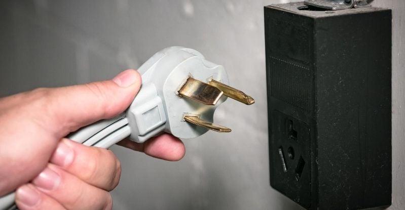 240 Volt Electrical Outlet
