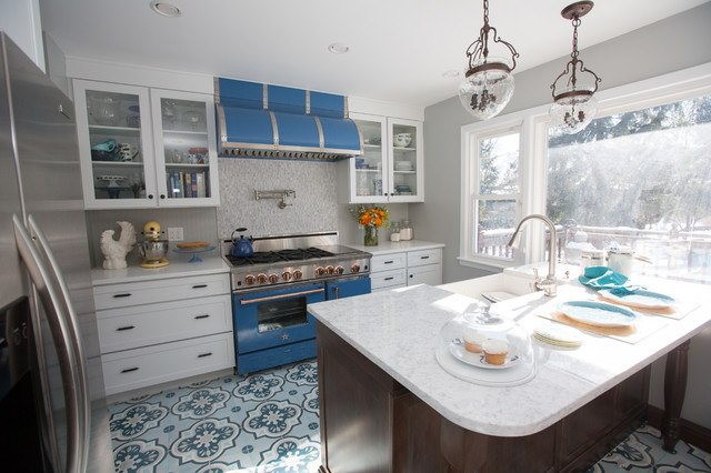 BlueStartraditional-kitchen
