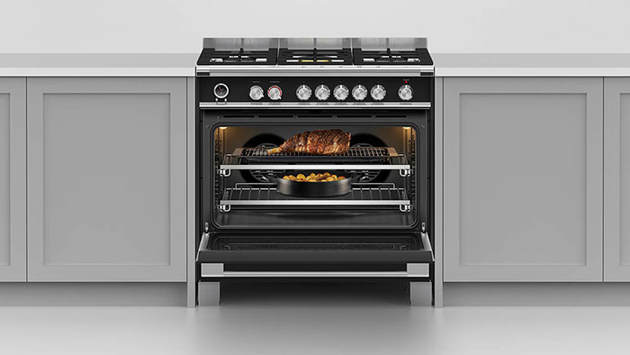 Fisher-Paykel-gas-range-in-black