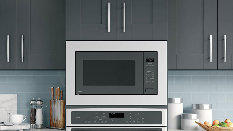 GE-appliances-under-cabinet-microwave