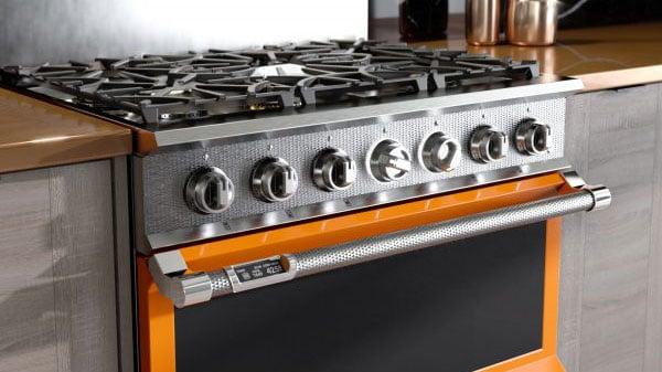 Hestan-Indoor-Professional-Range-in-Orange