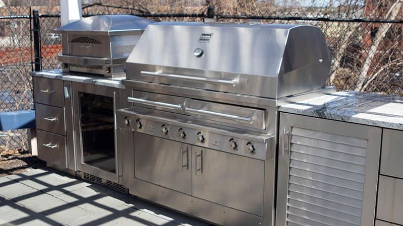 Kalamazoo-outdoor-kitchen