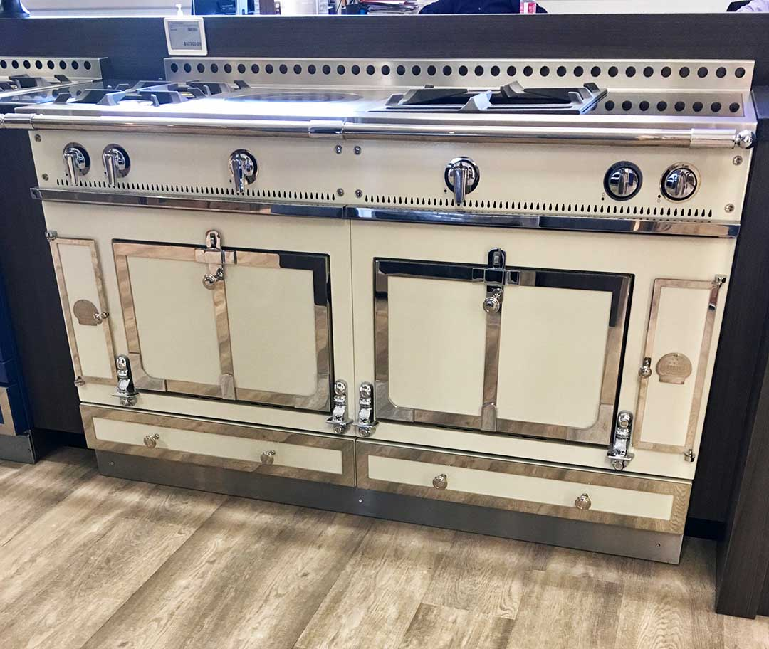 La-Cornue-Pro-Range-with-Induction-Framingham-Showroom