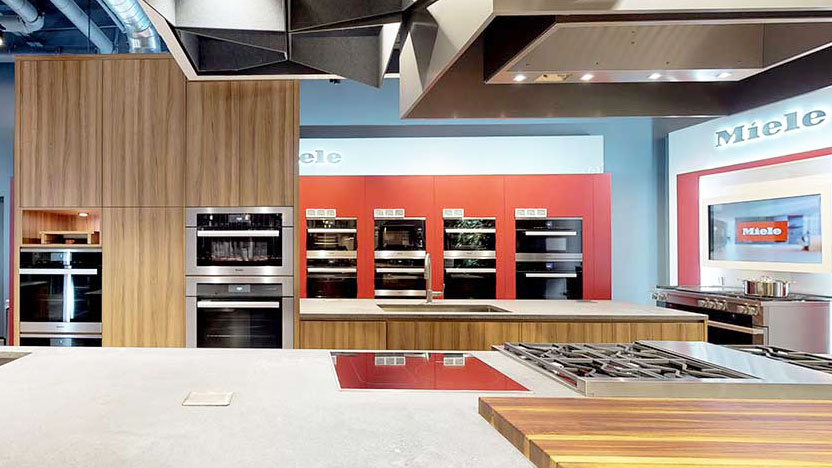 Miele-Experience-Center-and-Steam-Oven-Display-at-Yale-Appliance-in-Framingham-2