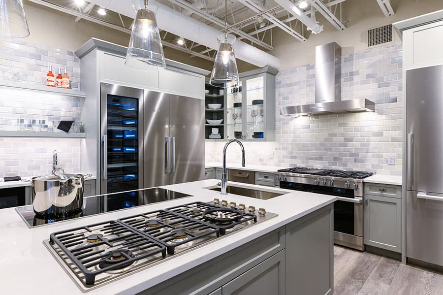 Miele-kitchen-at-yale-appliance-featuring-gas-cooktop