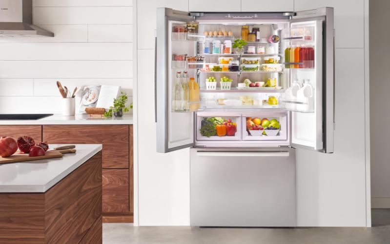 New Bosch Refrigerator Interior (1)