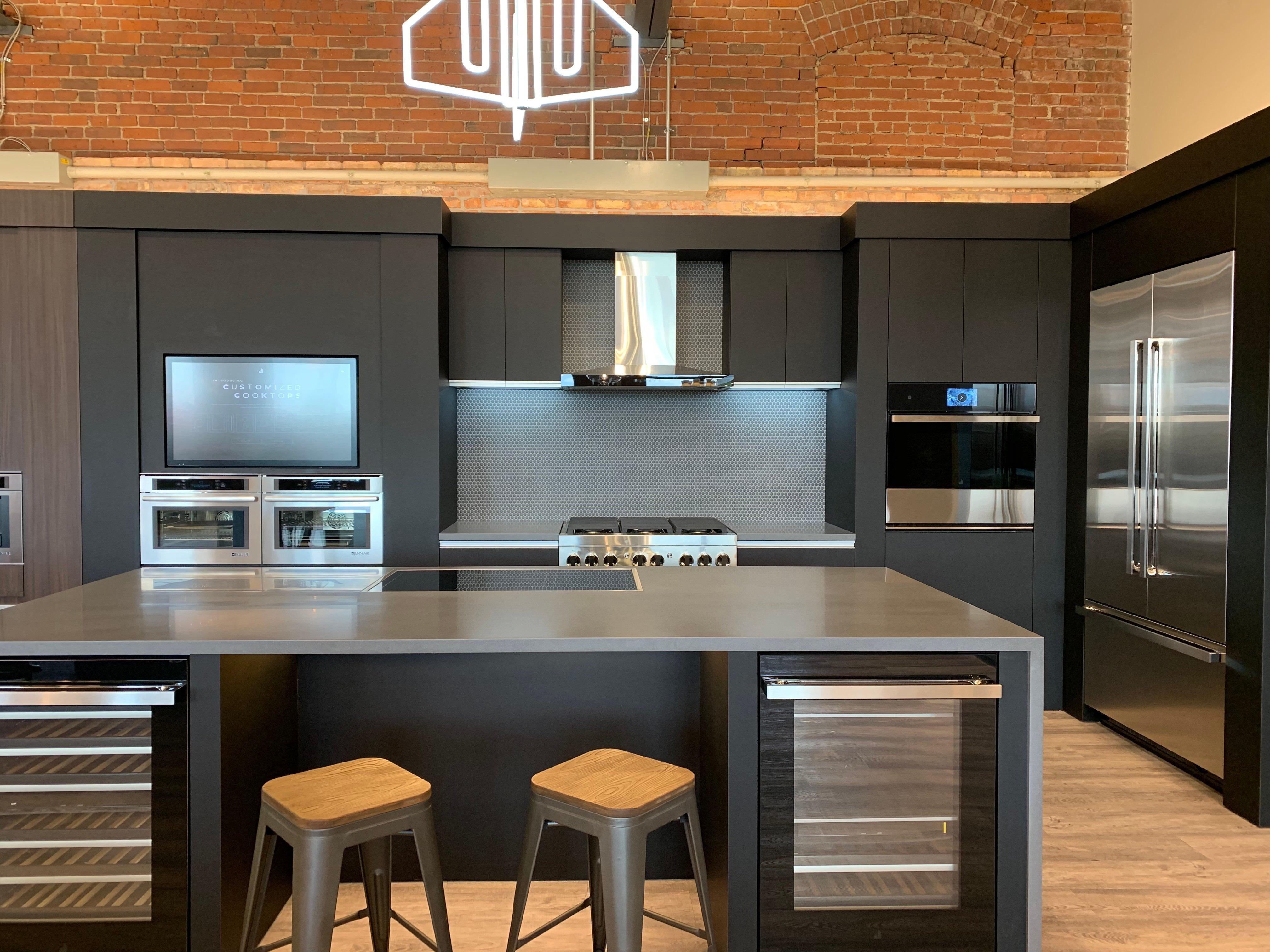 Noir kitchen