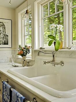 Overmount sink - Courtesy of Houzz