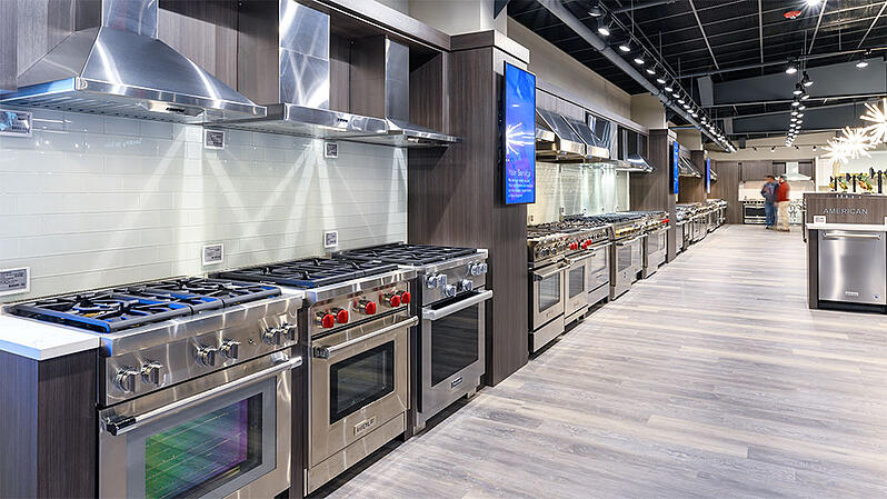 Professional-Gas-Ranges-at-Yale-Appliance-in-Hanover-1