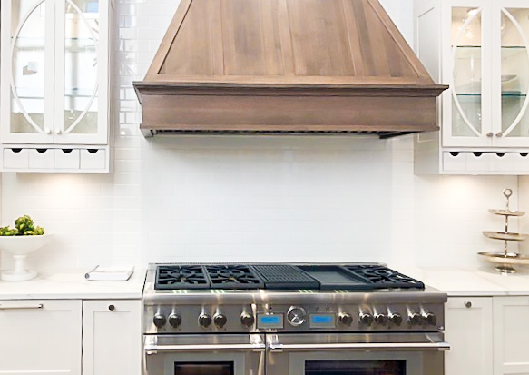 Thermador Kitchen At Yale Appliance - Wood Hood and Pro Range Display