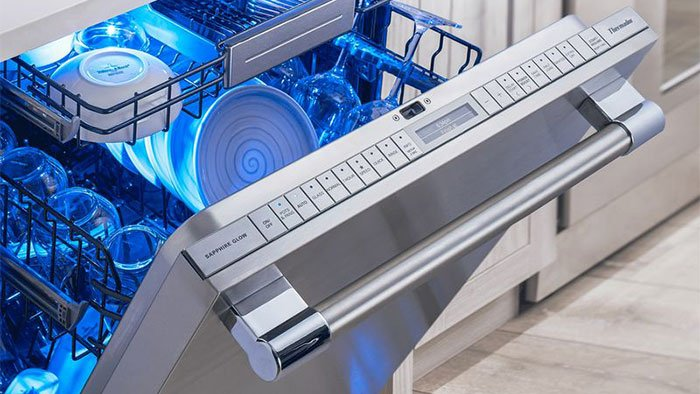 Thermador-star-sapphire-dishwasher-DWHD860RFP-(1)