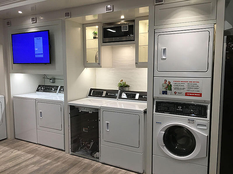 Top Load Laundry Display
