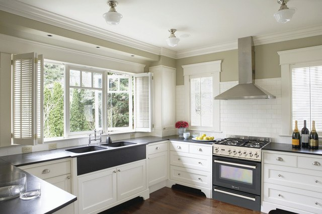 Verona Appliances - Photo Courtesy of Houzz