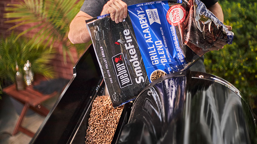 Weber-SmokeFire-Pellets-and-Auger