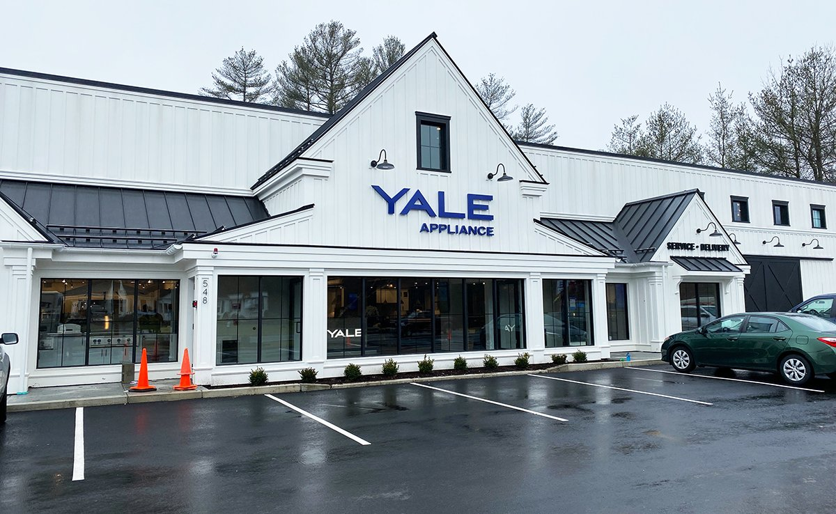 Yale Appliance in Hanover - final touches before opening