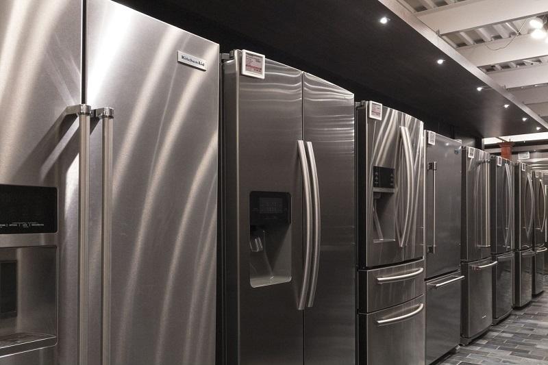 Yale-Appliance-Boston-Showroom-Full-Depth-Refrigeration-Display