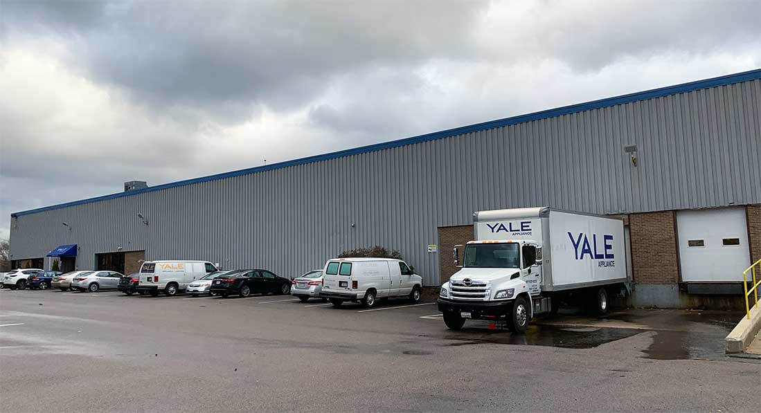 Yale-Appliance-Warehouse-in-Stoughton