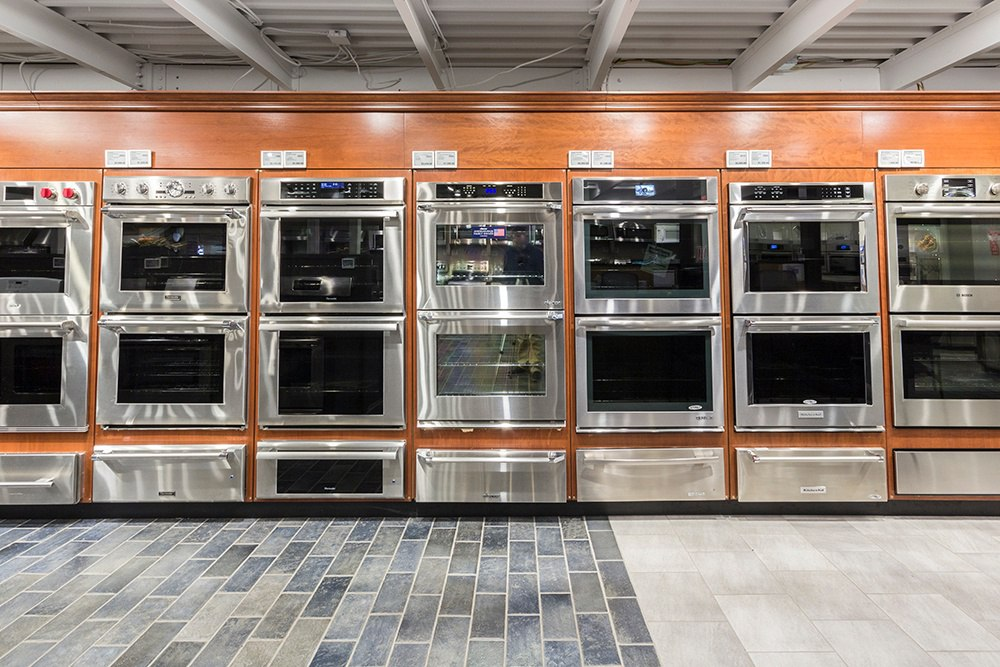 best-double-wall-ovens-dorchester-showroom-yale-appliance.jpg