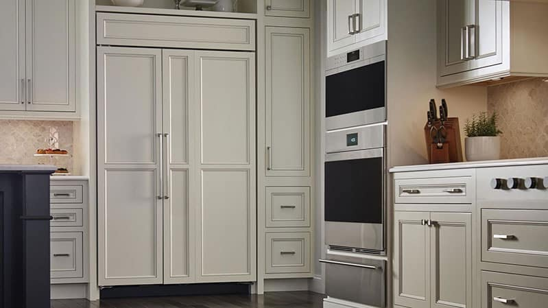 best-subzero-integrated-refrigerator-with-custom-cabinet-panels