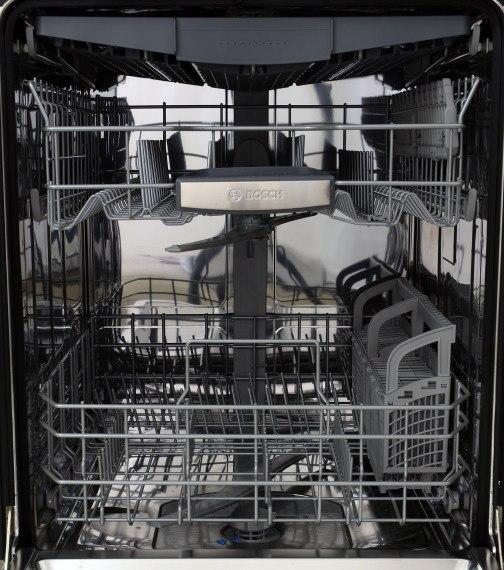 Bosch-SHP65TL5UC-Dishwasher-Interior.jpg