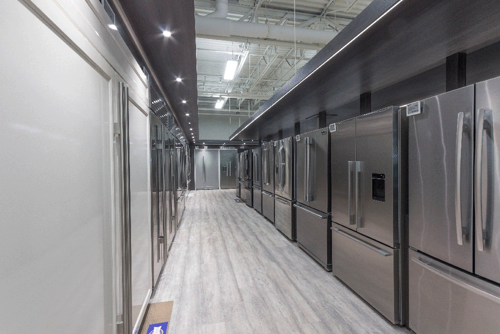 Framingham-Refrigerator-Display