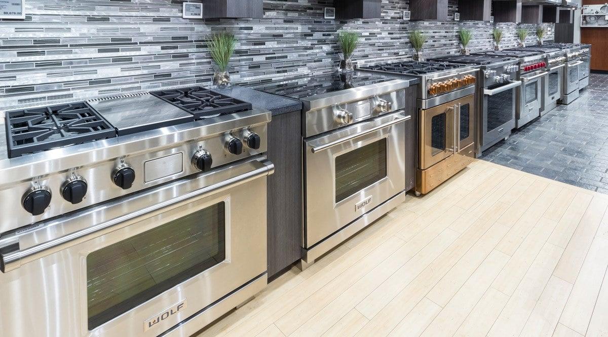 pro gas range display yale appliance dorchester