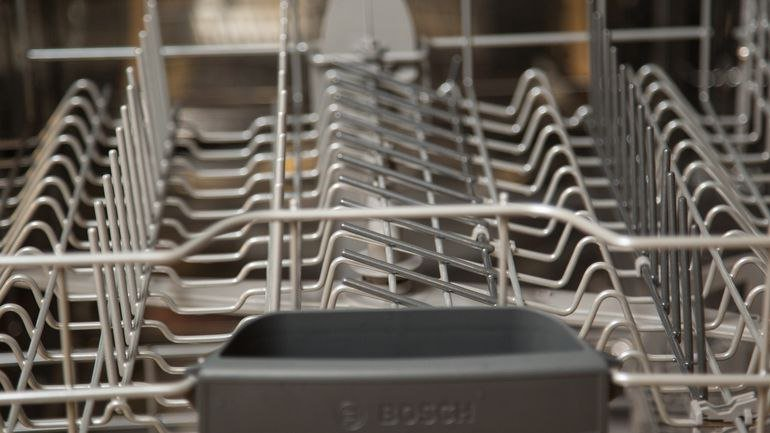 bosch-dishwasher-fold-down-tines