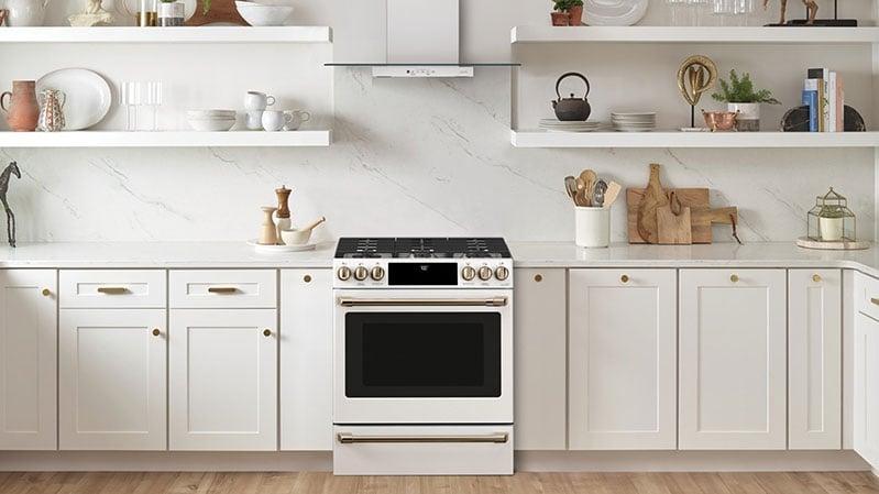 cafe-appliance-slide-in-range-with-backspash