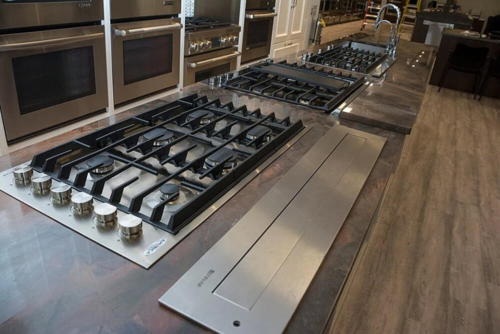 cooktops-yale-appliance-display