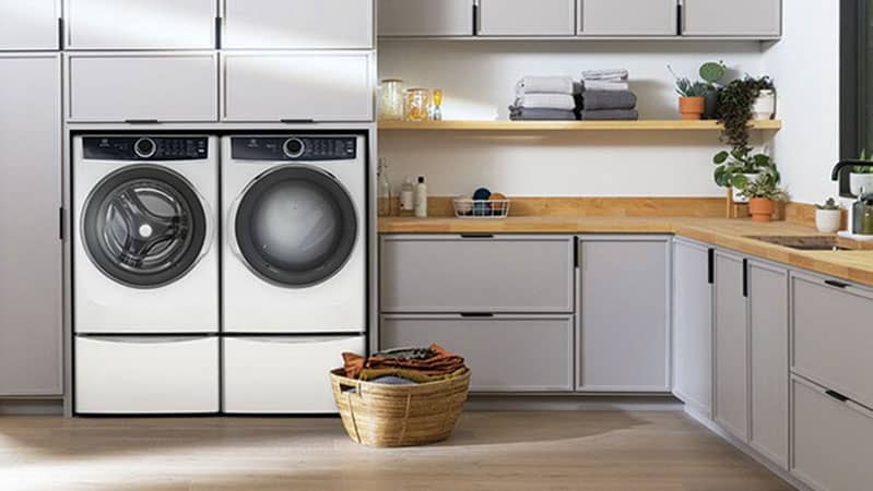 electrolux-ELFW7537AW-front-load-laundry