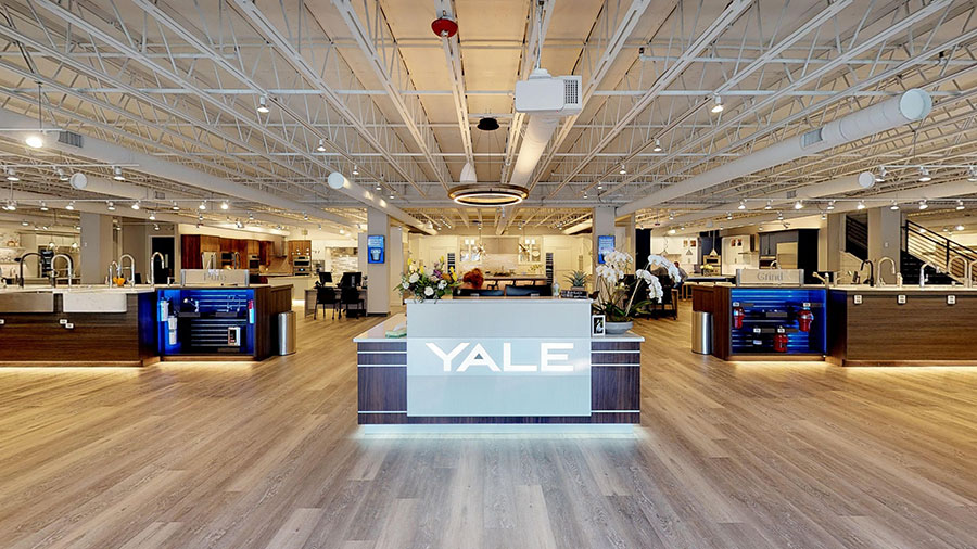 front-entrance-of-the-yale-appliance-hanover-showroom