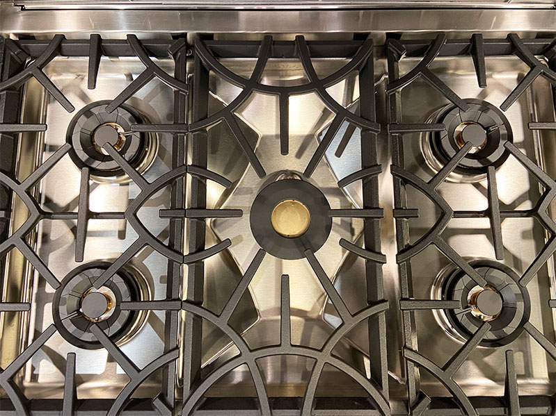 hestan-pro-range-stovetop-with-all-burners