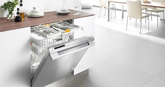 Miele dishwasher with 3D cutlery tray