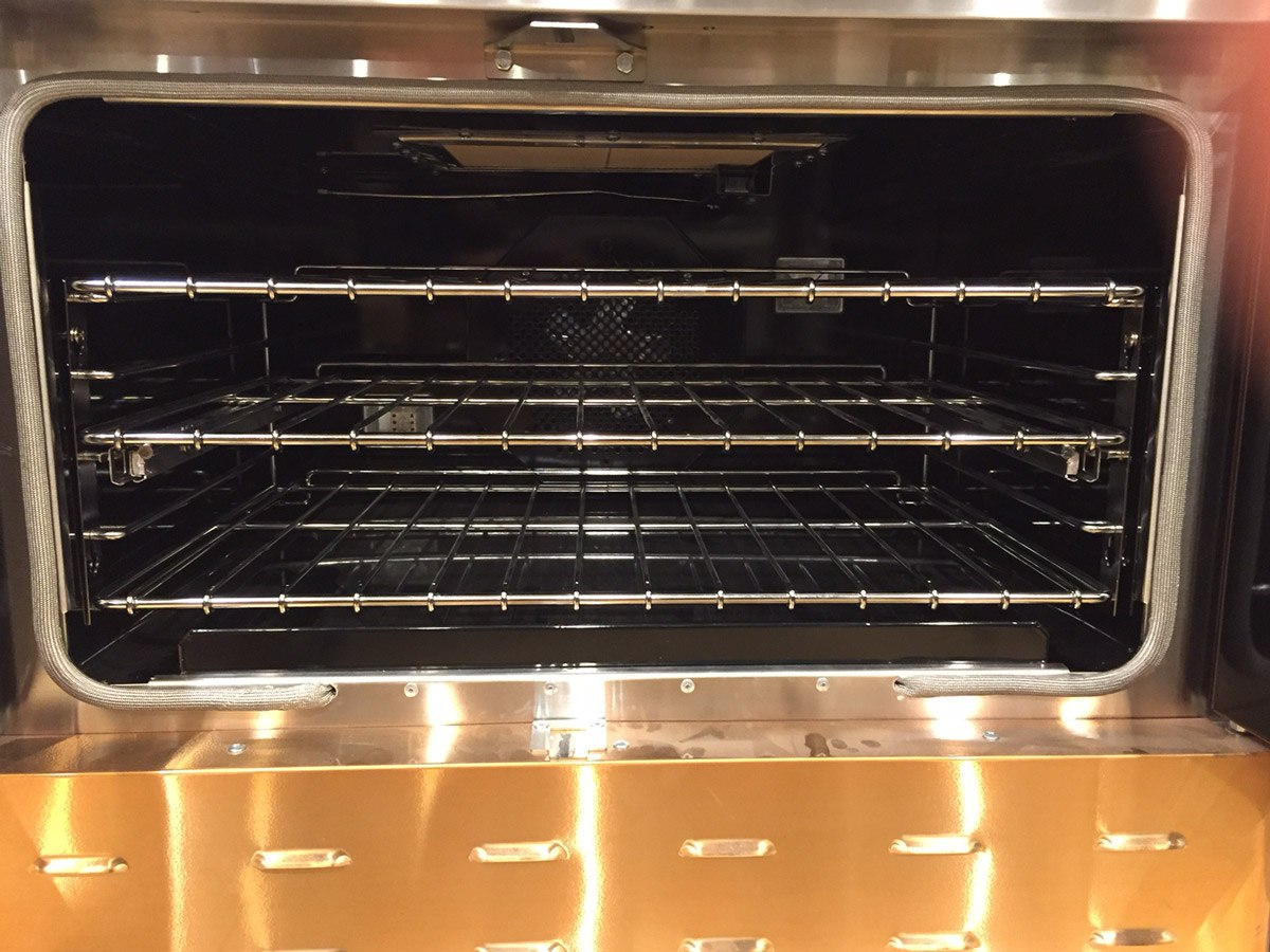 bluestar-oven-interior-yale-appliance.jpg