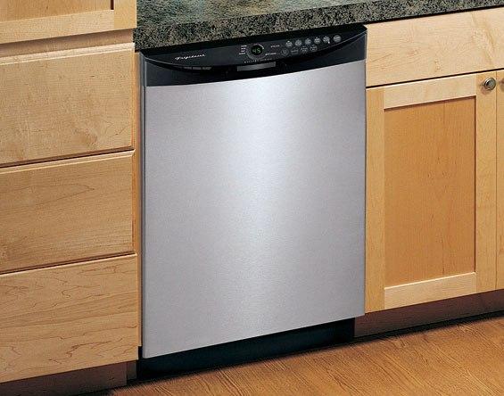 Frigidaire american dishwasher