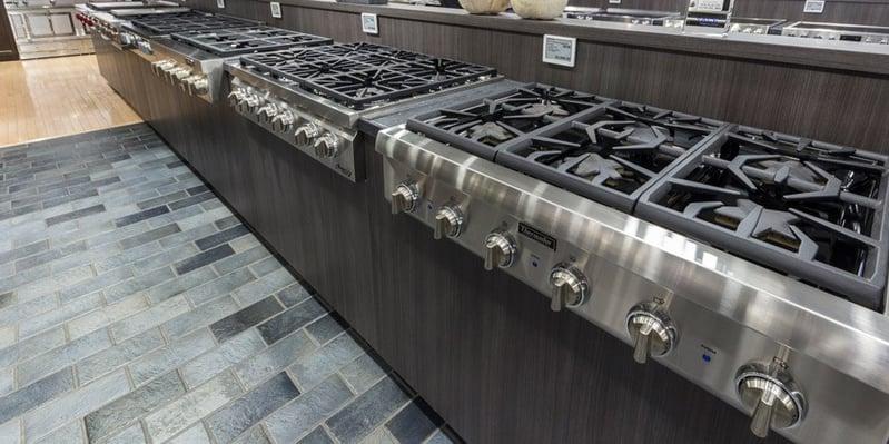 rangetop-display-yale-appliance