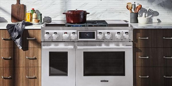 signature-kitchen-suite-48-inch-pro-range-lifestyle