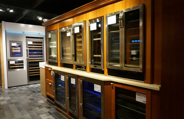 true-undercounter-refrigeration-display-yale