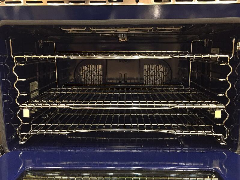 wolf-dual-fuel-oven-interior-yale-appliance