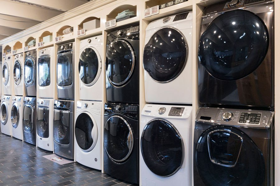 yale-appliance-front-load-laundry-display-boston