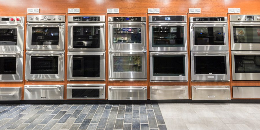 yale-appliance-wall-oven-display.jpg